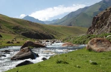 podroze motocyklowe po Azji, Kirgistan na motocyklu