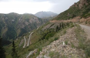 motocyklem po Kirgistanie