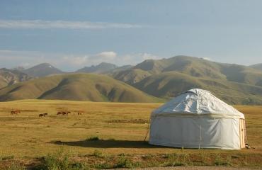 Motocyklowe podroze po Kirgizji, wyprawy UTV i quady