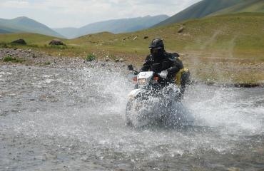 Motocyklem przez Kirgistan, wyprawy 4x4, wyprawy quad, wyprawy UTV Kyrgyzstan