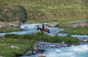 Jak Nomadzi - wyprawa po Kirgistanie motocyklem