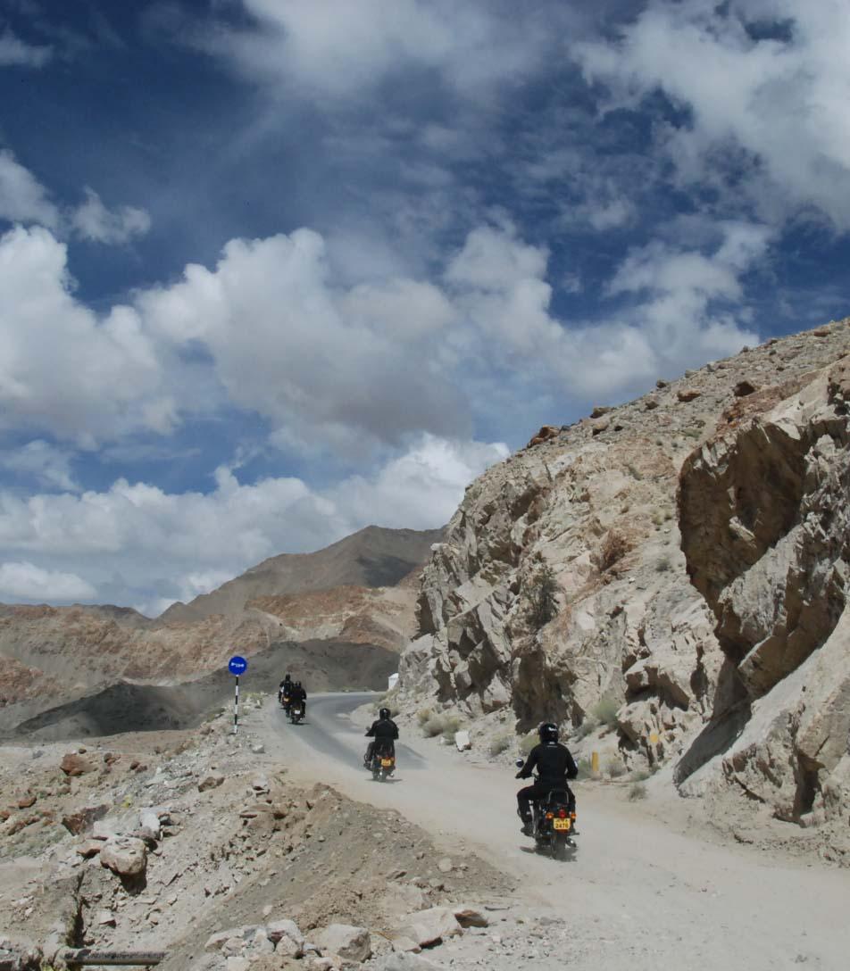 wyprawa  motocyklowa himalaje motorem