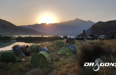 organizacja wypraw motocyklowych  hiszpania, gruzja, tadzykistan, kazachstan kirgistan, wyprawy autami terenowymi