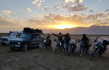 Wyjazdy motocyklowe - hiszpania, gruzja, tadzykistan, kazachstan kirgistan, wyprawy autami terenowymi