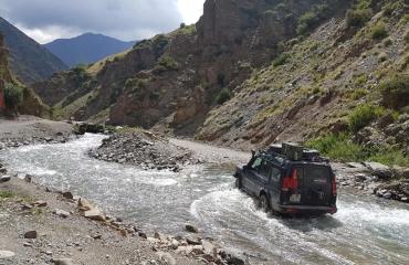 Wyjazdy samochodami terenowymi trasa pamirska silk road