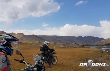 Wyprawy offroad azja, Podróże motocyklowe kirgistan azja, wyjazdy autami terenowymi jedwabnym szlakiem