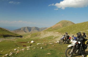Excursions to Kyrgyzstan, off-road trips, Kyrgyzstan quays