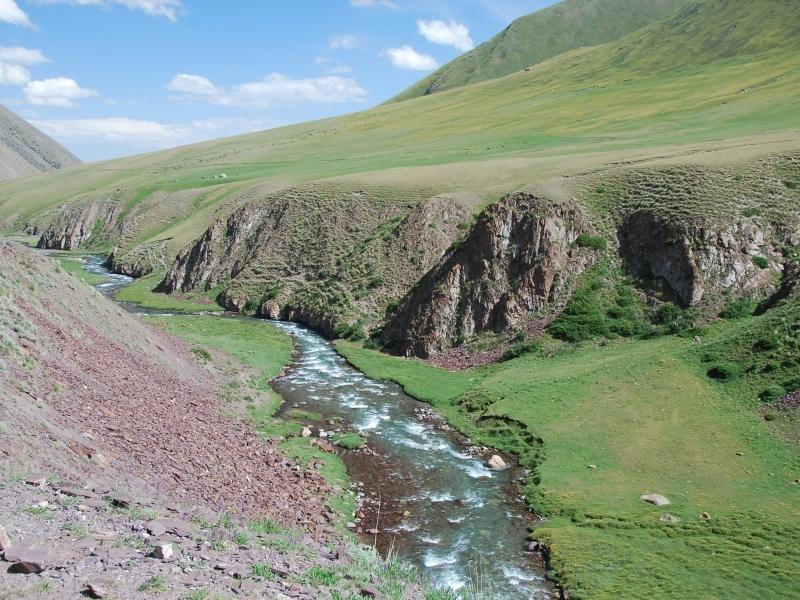 max_Kyrgyzstan%20mountains%20Tien%20Shan