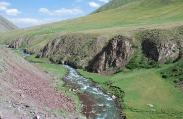 Kyrgyz motorbike travels