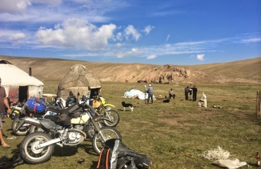Motorcycle travel, 4x4 kyrgyz expeditions and Kazakhstan