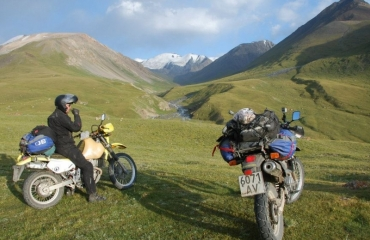 Transport of motorcycles to Kyrgyzstan, Asia Tien Shan on motorbikes